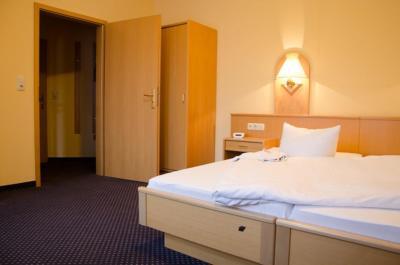 doppelzimmer FRITZ Aparthotel Potsdam 5